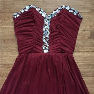 Dresses & Skirts - Floor-Length Prom Dress